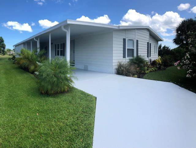 3049 Satinleaf Lane, Port Saint Lucie, FL 34952 (#RX-10632599) :: The Rizzuto Woodman Team