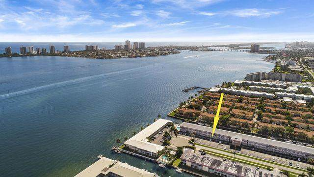 120 Lehane Terrace #216, North Palm Beach, FL 33408 (#RX-10636620) :: Posh Properties