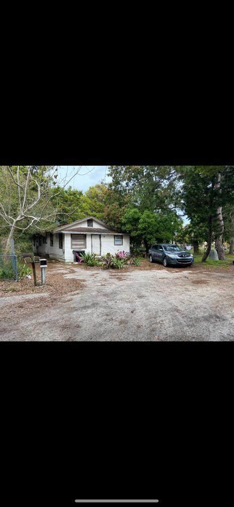 1310 Atlantic Avenue, Fort Pierce, FL 34950 (MLS #RX-10642817) :: Berkshire Hathaway HomeServices EWM Realty