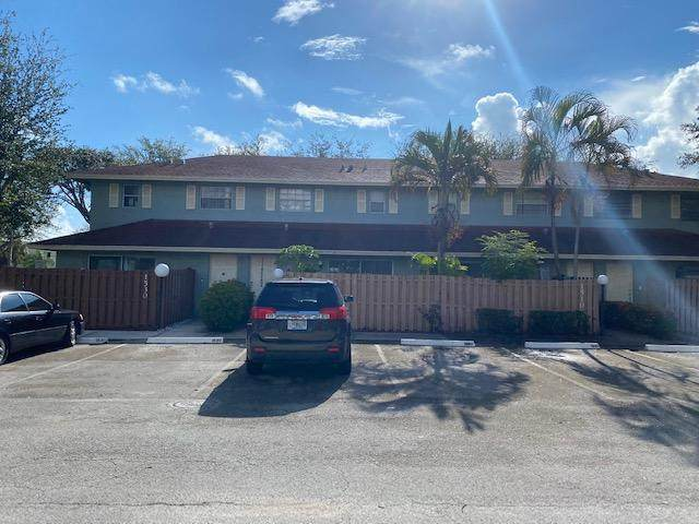1530 Cypress Way E D, Palm Springs, FL 33461 (MLS #RX-10653797) :: Berkshire Hathaway HomeServices EWM Realty