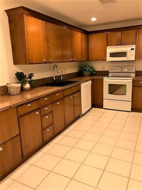 1945 NW 13 Street #102, Delray Beach, FL 33445 (#RX-10660686) :: Posh Properties