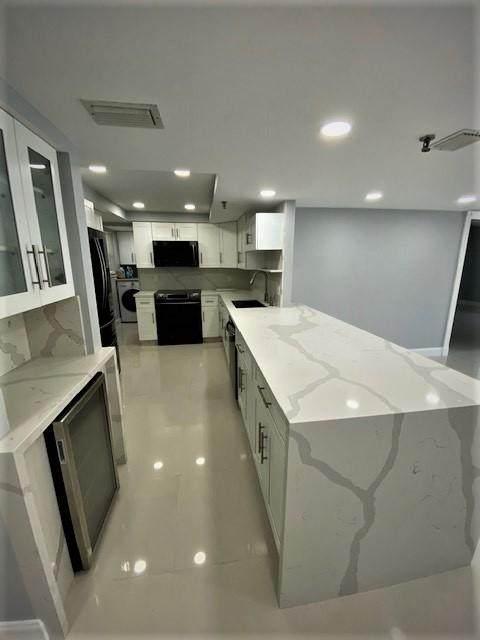 198 NW 67th Street #302, Boca Raton, FL 33487 (#RX-10664417) :: Signature International Real Estate