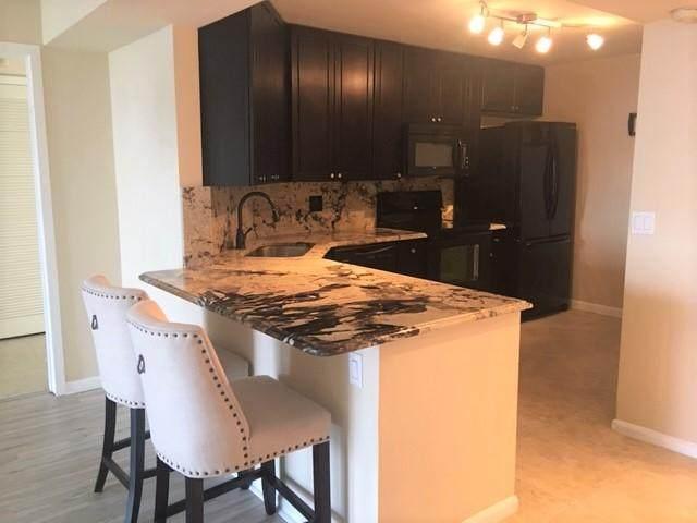 2425 Presidential Way #906, West Palm Beach, FL 33401 (MLS #RX-10668730) :: Berkshire Hathaway HomeServices EWM Realty