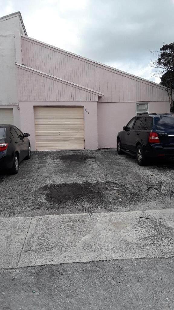 528 NW 48th Avenue #1, Delray Beach, FL 33445 (MLS #RX-10672068) :: Berkshire Hathaway HomeServices EWM Realty