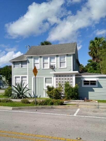 700 Boston Avenue, Fort Pierce, FL 34950 (MLS #RX-10682627) :: Berkshire Hathaway HomeServices EWM Realty