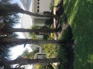 9035 Baybury Lane, West Palm Beach, FL 33411 (MLS #RX-10709575) :: Castelli Real Estate Services