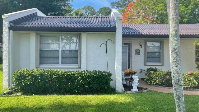132 Lake Olive Drive, West Palm Beach, FL 33411 (#RX-10723759) :: Dalton Wade