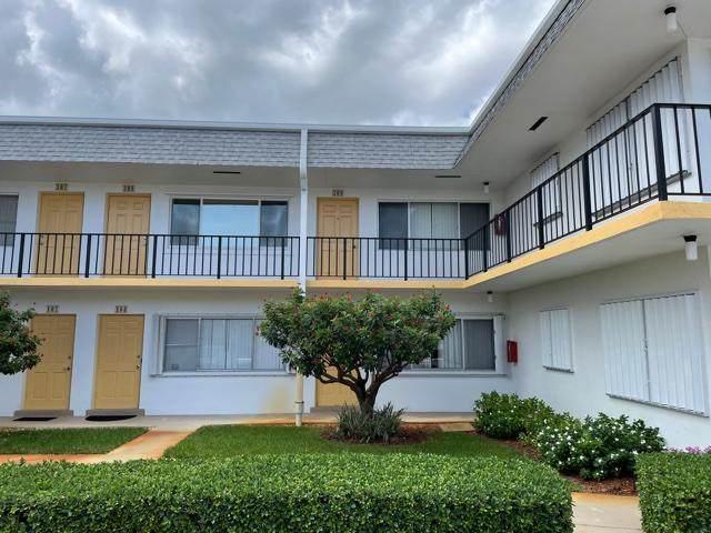 3000 Lake Osborne Drive #209, Lake Worth Beach, FL 33460 (#RX-10734654) :: Treasure Property Group