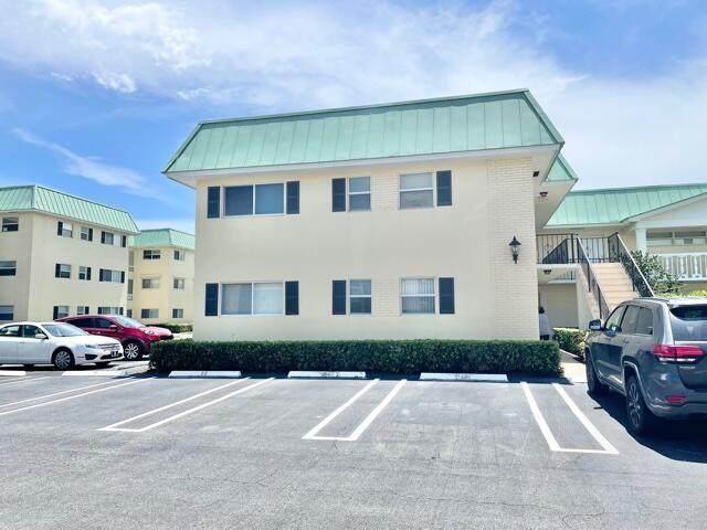 18 Colonial Club Drive #100, Boynton Beach, FL 33435 (#RX-10737591) :: The Power of 2 | Century 21 Tenace Realty
