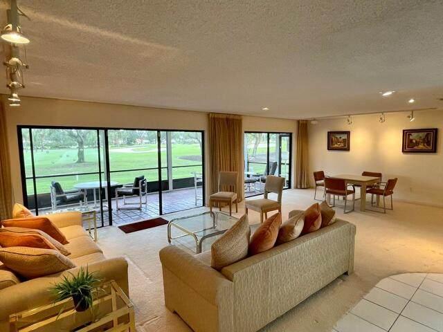 7 Westgate Lane C, Boynton Beach, FL 33436 (#RX-10746198) :: IvaniaHomes | Keller Williams Reserve Palm Beach