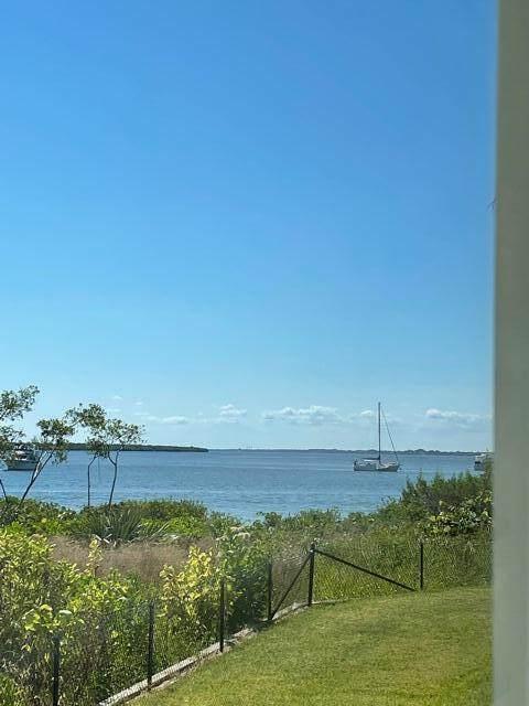 21 Harbour Isle Drive - Photo 1