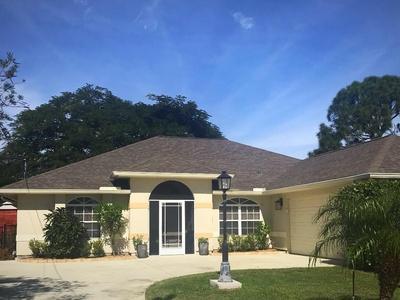 3213 SE Pinto Street, Port Saint Lucie, FL 34984 (#RX-10484267) :: The Reynolds Team/Treasure Coast Sotheby's International Realty