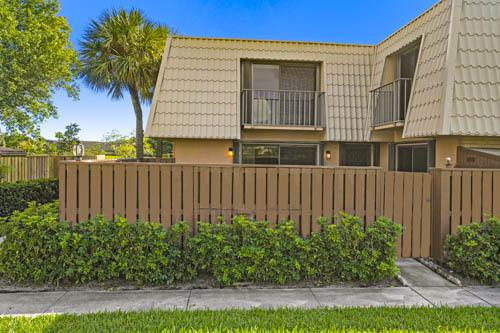 6516 65th Way, West Palm Beach, FL 33409 (MLS #RX-10540192) :: The Jack Coden Group
