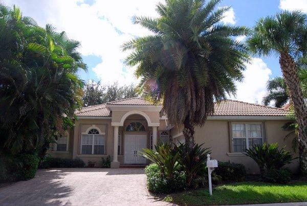 7300 Viale Michelangelo, Delray Beach, FL 33446 (#RX-10561353) :: Ryan Jennings Group