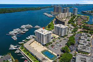 1208 Marine Way #706, North Palm Beach, FL 33408 (#RX-10562094) :: Ryan Jennings Group