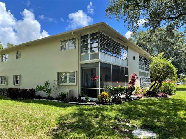 11 Lake Vista Trail #201, Port Saint Lucie, FL 34952 (#RX-10737866) :: Heather Towe | Keller Williams Jupiter