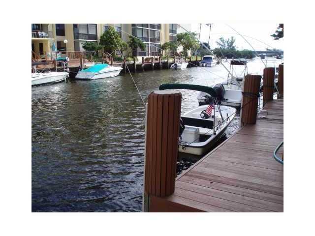 12 Royal Palm #101, Boca Raton, FL 33432 (#RX-3360791) :: Ryan Jennings Group