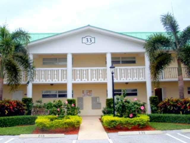 33 Colonial Club Drive - Photo 1