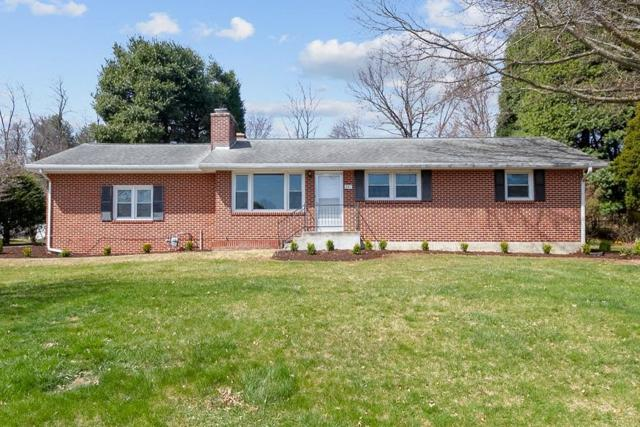207 Ardmore St, Blacksburg, VA 24060 (MLS #857809) :: Five Doors Real Estate