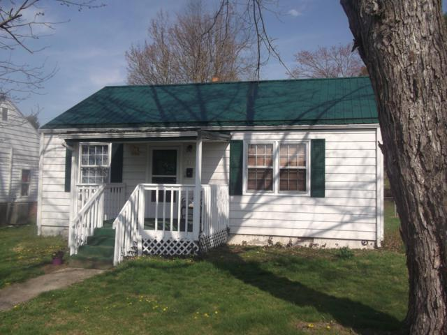 611 9th St, Radford, VA 24141 (MLS #858228) :: Five Doors Real Estate