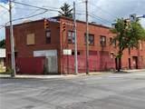 946 North Street - Photo 2