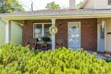 133-135 Everett Street - Photo 5