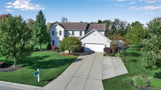 6956 Goldfinch Court, Wheatfield, NY 14120 (MLS #B1232924) :: Updegraff Group