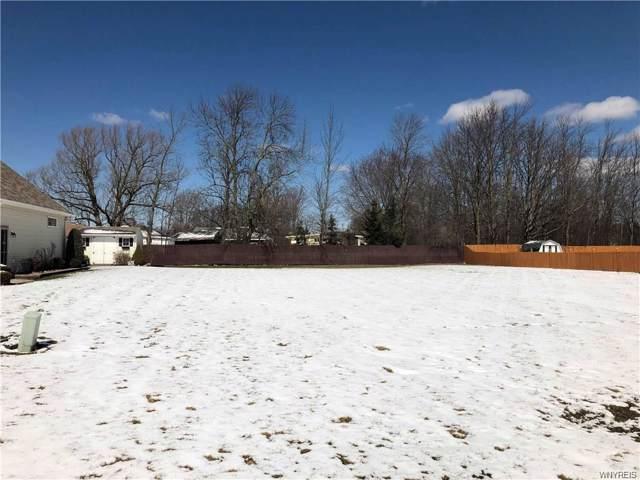 2777 Driftwood Drive, Wheatfield, NY 14304 (MLS #B1235158) :: Robert PiazzaPalotto Sold Team