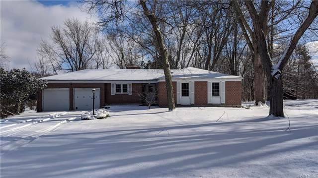 5075 Alexander Drive, Clarence, NY 14031 (MLS #B1247055) :: The CJ Lore Team | RE/MAX Hometown Choice