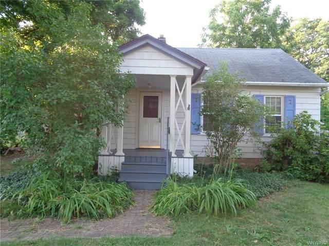 54 River Meadow Drive, Henrietta, NY 14623 (MLS #B1276692) :: Updegraff Group
