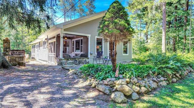 15 Hill Drive, Villenova, NY 14062 (MLS #B1287554) :: Lore Real Estate Services
