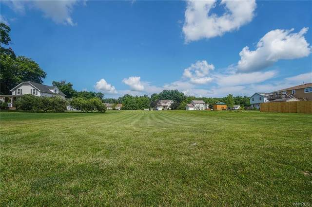 7625 Dean Brown Drive, Niagara, NY 14304 (MLS #B1289878) :: Lore Real Estate Services