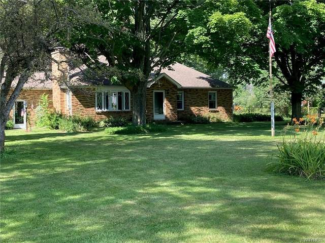 471 Main Road, Pembroke, NY 14036 (MLS #B1291366) :: Lore Real Estate Services