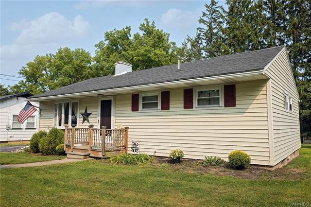 14 Hilltop Drive, Leroy, NY 14482 (MLS #B1294704) :: Robert PiazzaPalotto Sold Team