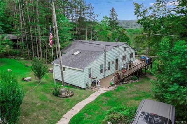 7126 Boston Cross Road Bw, Boston, NY 14025 (MLS #B1294989) :: Lore Real Estate Services