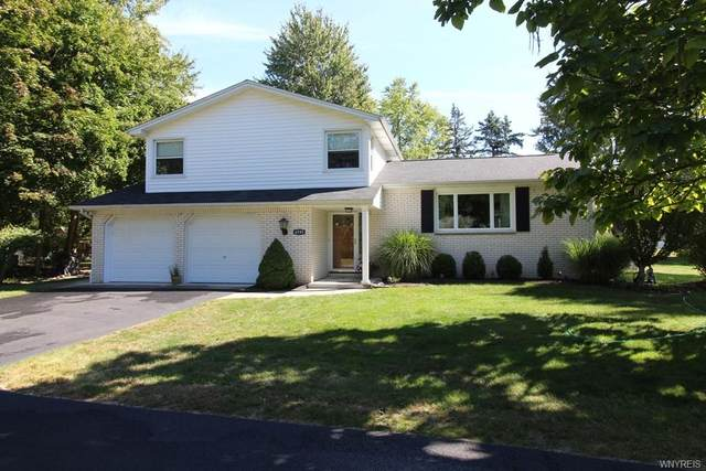 4595 Christian Drive, Clarence, NY 14031 (MLS #B1295931) :: Lore Real Estate Services