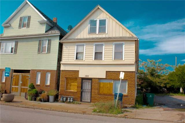 1310 Bailey Avenue, Buffalo, NY 14206 (MLS #B1298991) :: BridgeView Real Estate Services