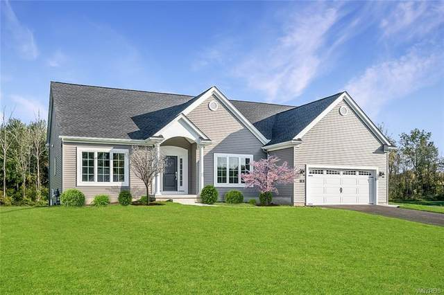 43 Hidden Meadow Crossing, Lancaster, NY 14086 (MLS #B1335163) :: BridgeView Real Estate Services