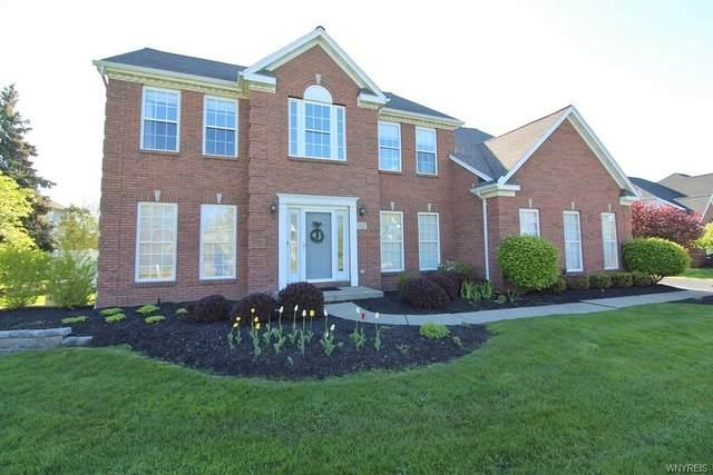 5537 Oakfield Lane, Clarence, NY 14221 (MLS #B1335939) :: TLC Real Estate LLC