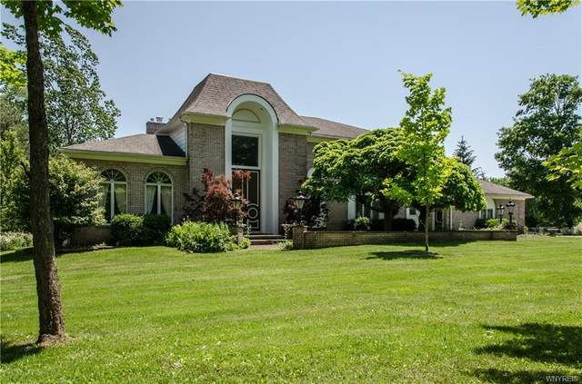 5025 Winding Lane, Clarence, NY 14031 (MLS #B1345391) :: 716 Realty Group