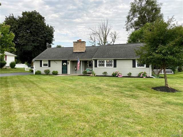 8375 Ericson Dr, Clarence, NY 14221 (MLS #B1354314) :: BridgeView Real Estate Services
