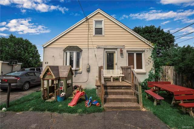 42 Crestwood Place, Cheektowaga, NY 14225 (MLS #B1355439) :: BridgeView Real Estate Services
