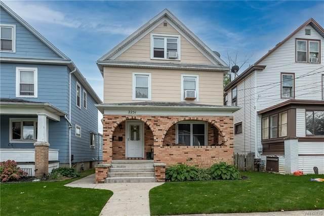2251 Woodlawn Avenue, Niagara Falls, NY 14301 (MLS #B1374026) :: MyTown Realty