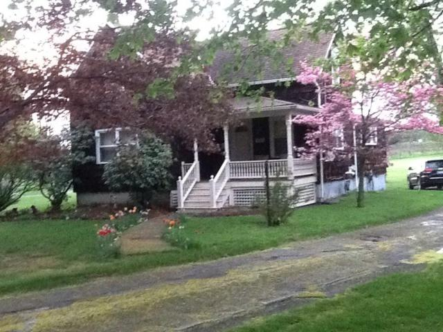4709 W Main Road, Pomfret, NY 14063 (MLS #R1097654) :: The Rich McCarron Team