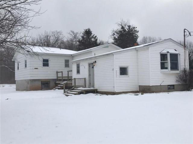2263 Center Road, Kendall, NY 14476 (MLS #R1098225) :: The Rich McCarron Team