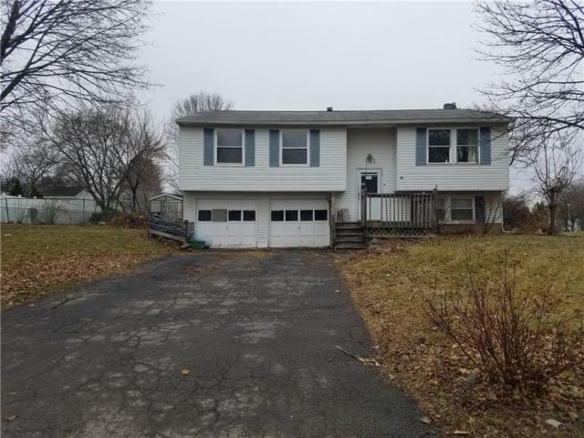 72 Farmbrook Drive, Farmington, NY 14425 (MLS #R1100449) :: Robert PiazzaPalotto Sold Team