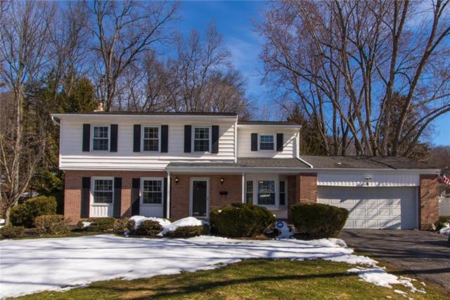 18 Winterset Drive, Penfield, NY 14625 (MLS #R1105926) :: The Rich McCarron Team