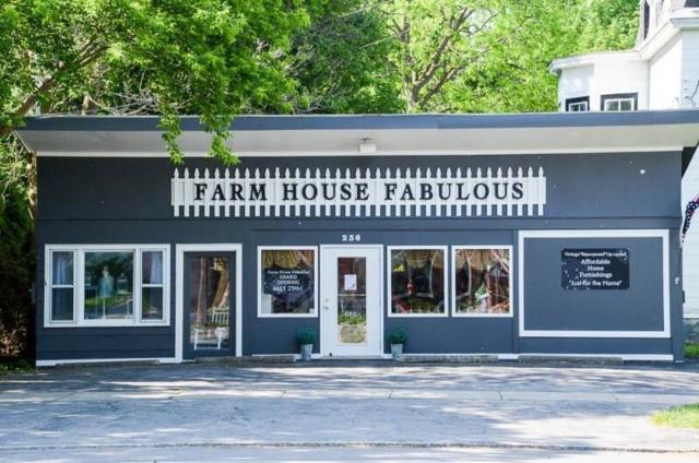 236 W Main Street, Palmyra, NY 14522 (MLS #R1112354) :: BridgeView Real Estate Services