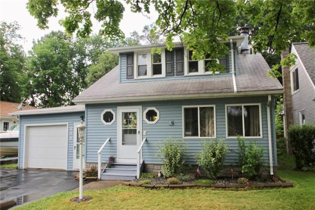 944 Whitlock Road, Irondequoit, NY 14609 (MLS #R1134283) :: The Chip Hodgkins Team