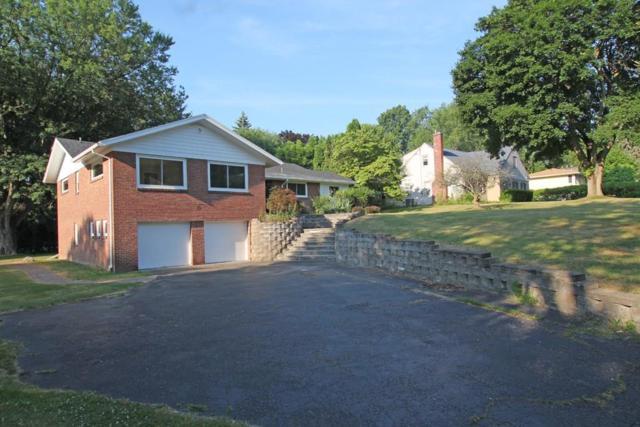 15 Buttermilk Hill Road, Pittsford, NY 14534 (MLS #R1134544) :: The CJ Lore Team | RE/MAX Hometown Choice
